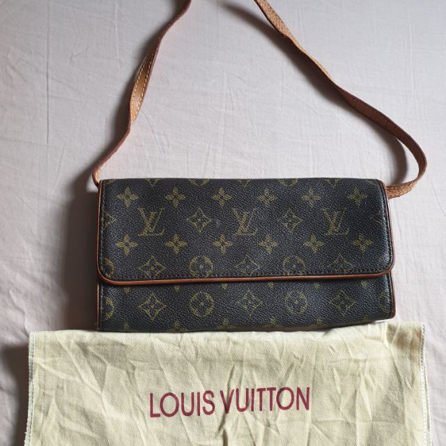 d663da5781b5 Authentic Louis Vuitton Pochette Twin Gm