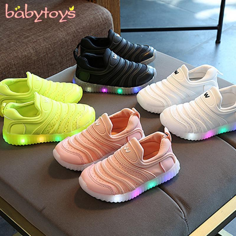 Kids Boys Girls LED Light Up Sneakers Baby Luminous Shoes Trainers Toddler Shoes