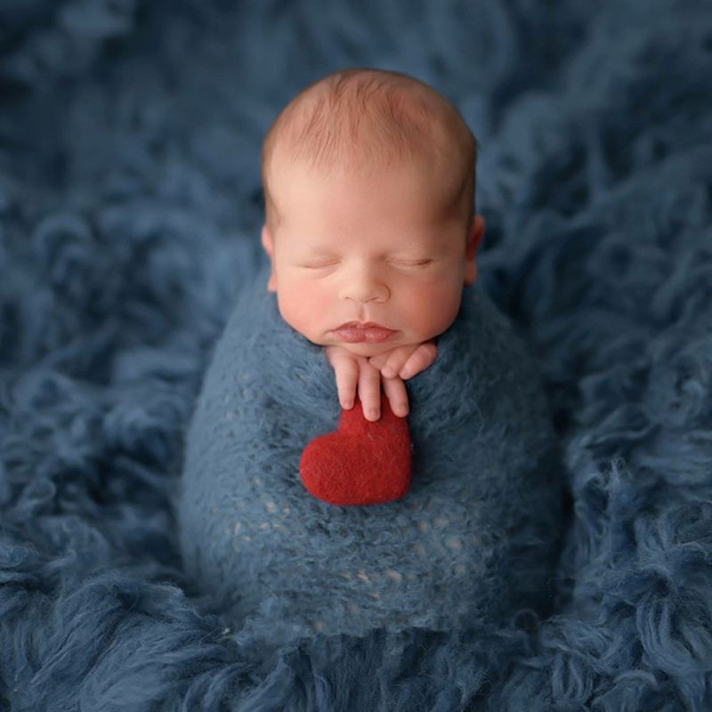 6d8f972e0 ❤❤ 5cm Newborn Photography Felt Love Shape Props Tiny Baby Girl Boy Photo