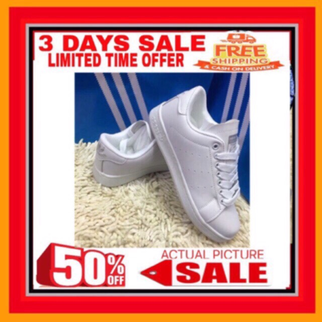 matchcourt: bleu adidas bleu et chaussures blanches boutique mi - mj