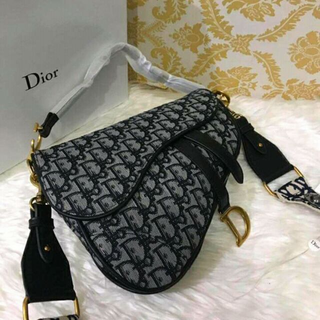 795d26b75662 High-End quality Christian Dior Iconic Saddle Bag