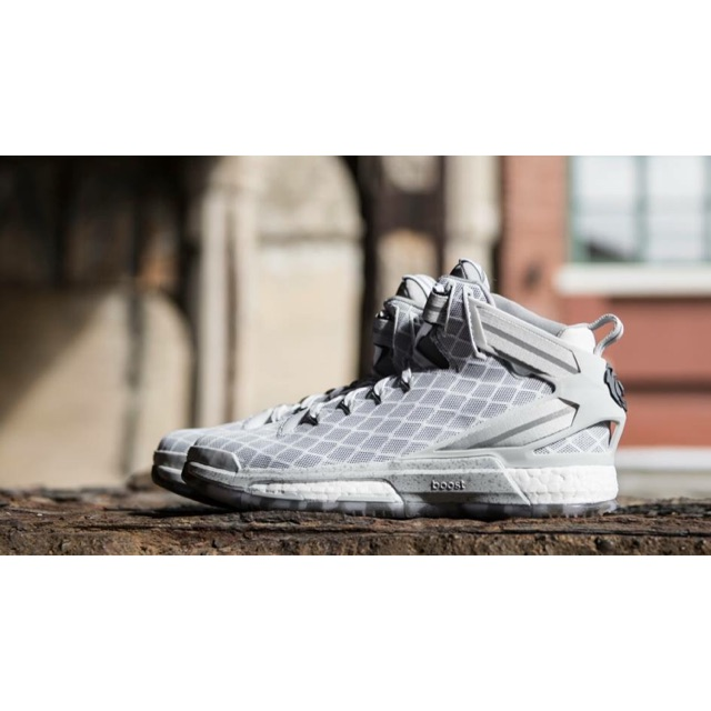 Adidas D rose 6 boost shoes authentic