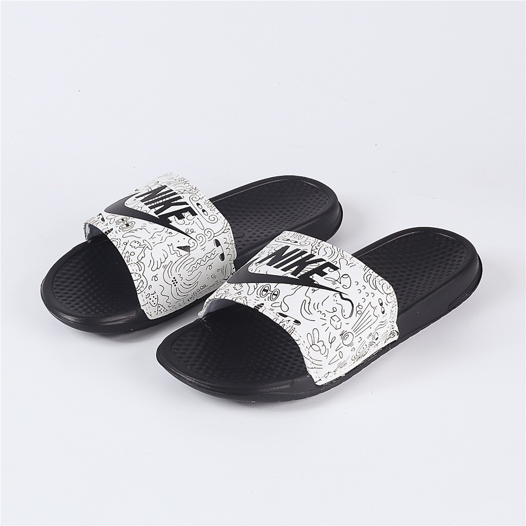 91568c0af729 Nike Benassi Slides Gold Check for Men