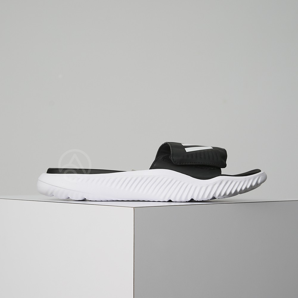 hot sale online 5d8ae 7aa11 ADIDAS DURAMO SLIDE sports slippers black and white one man   Shopee  Philippines