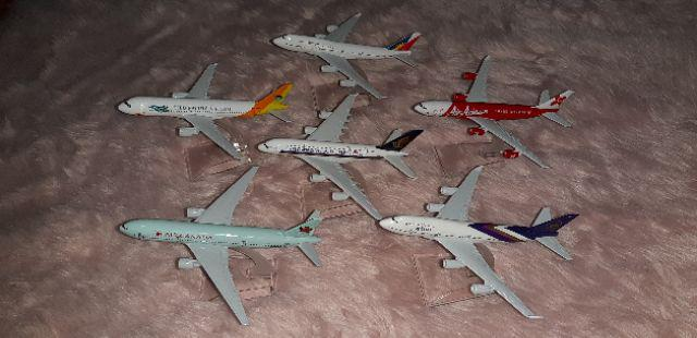 SALE : ETHAD PAL AIRPLANE MODEL METAL DIECAST COLLECTIBLE