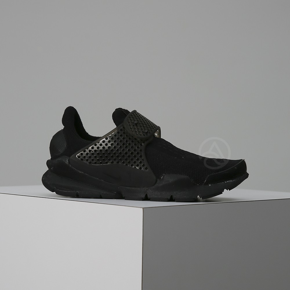 sports shoes ff01f 727a3 NIKE SOCK DART men's shoes socks socks sneakers all black