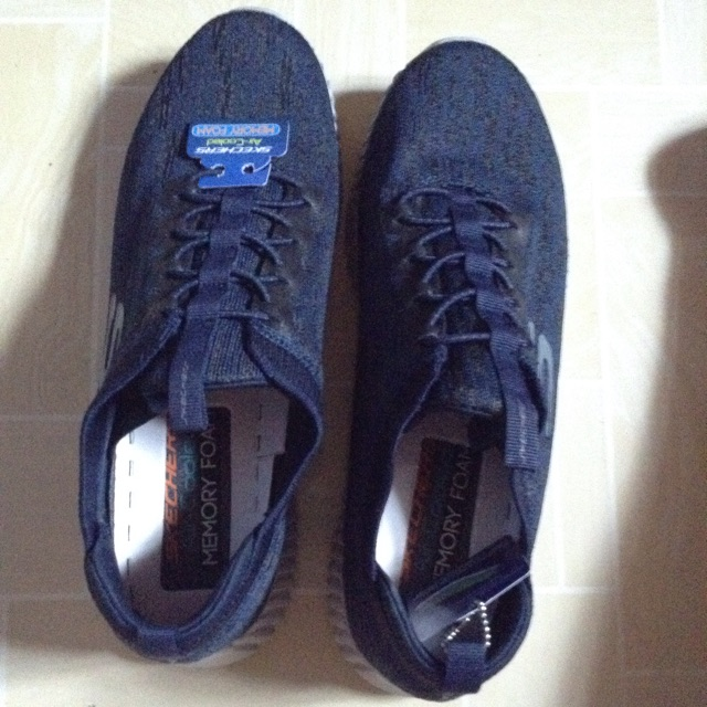 skechers memory foam price philippines