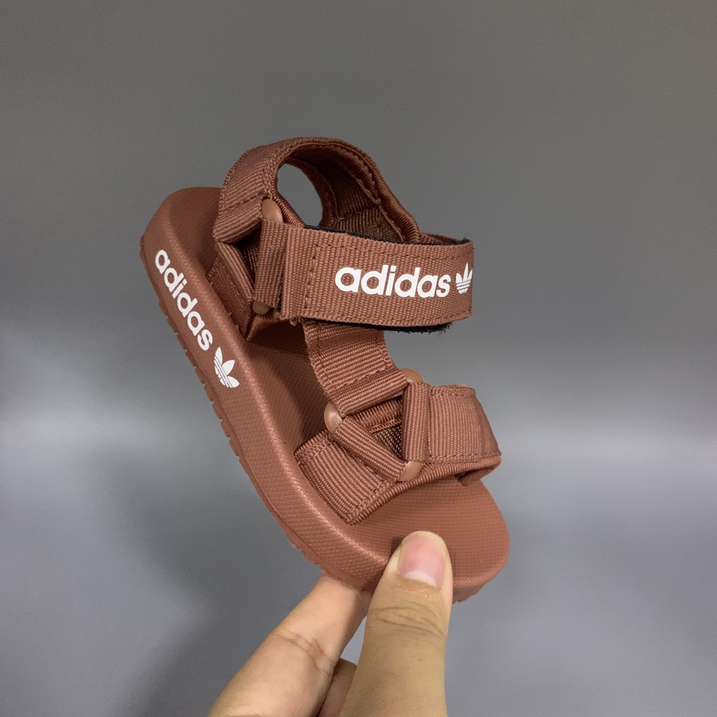 Ceniza Multa suma  Adidas Adilette Sandal Men Women Sports Beach Shoes for Kids Walking Shoes  Children's Beach Sandals, Children's Shoes, Boys' Shoes Parent-child Shoes  Sepatu Orangtua-anak 21-44 | Shopee Philippines