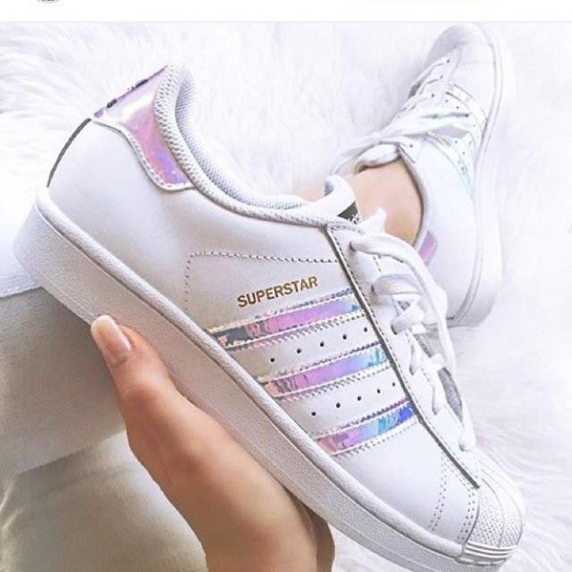 cheap for discount 654cc 53de8 Stock with Adidas Superstar, sports shoes, gold hologram tag
