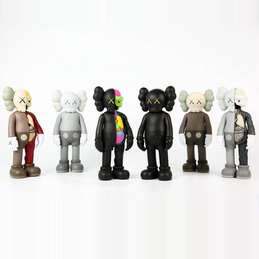 Kaws Companion Passing Through Open Edition Figure With Orginal Box PVC Doll