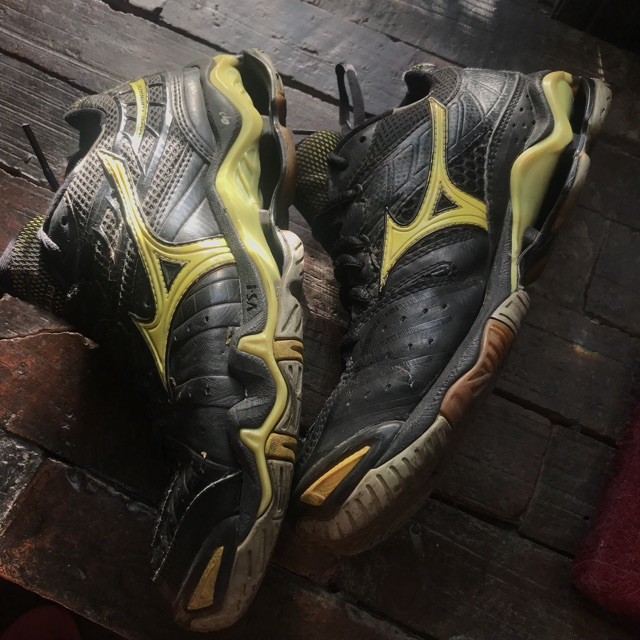 mizuno volleyball shoes sale philippines 1000