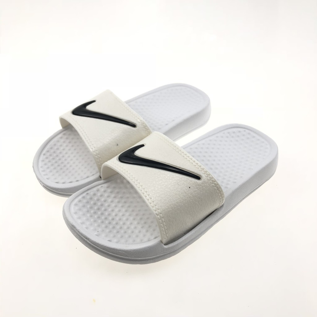 7a1ff3083d9f33 The new Nike Slippers for women