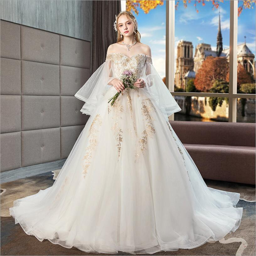 Big Long Tail Lace Embroidery High Waist Wedding Gown
