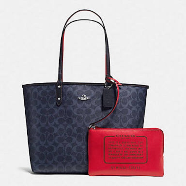 0c3566f0b3b3 BRAND NEW AUTHENTIC Gucci Reversible GG blooms medium tote