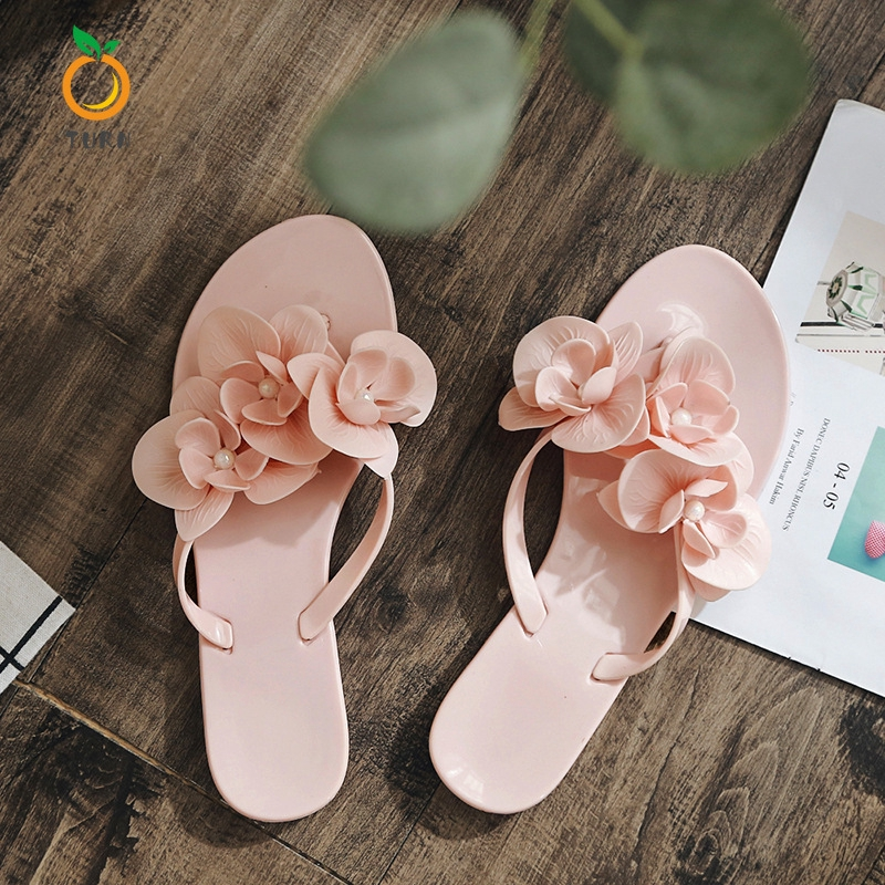 TURN Women Slippers Jelly Slippers Sweet Flat-soled Fashion Beach Shoes