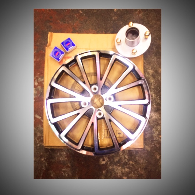 1set sidewheel mugs with hub and bearing