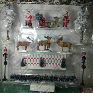 Christmas Village Accessories.Christmas Village Accessories Set 8