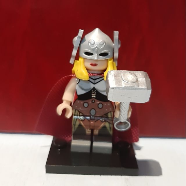 Lego Lady Thor alternative