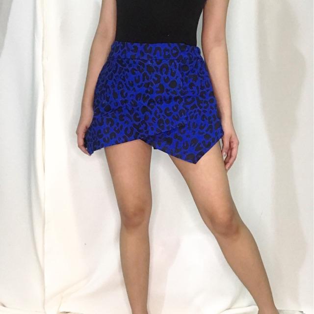 Shop Boutique Designer Skirts, Made in USA. | LISA QU | 640x640