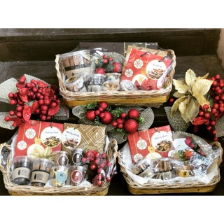 Christmas Baskets.Christmas Baskets