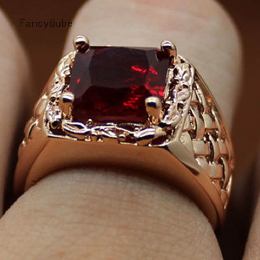 Size 8//9 Large Antique Gold Red Crystal Heart Ring Adjustable