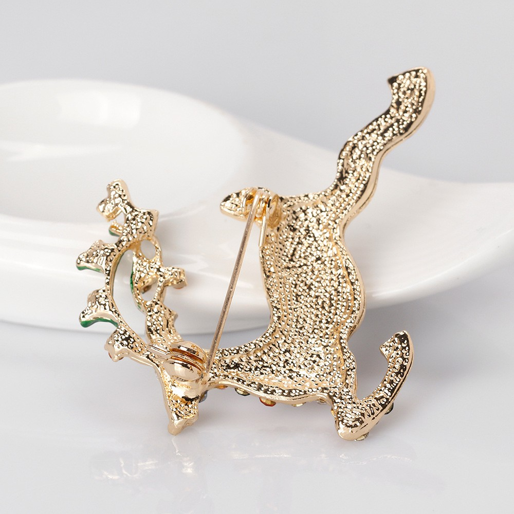 Elk Deer Brooch Pin Xmas Gift Scarf Buckle Collar Pin Suit Shawl Brooch