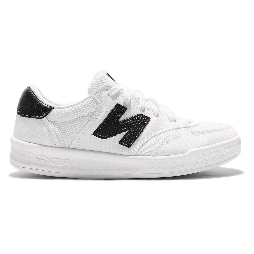 New Balance Men/'s Crt300 Ankle-High Tennis Shoe