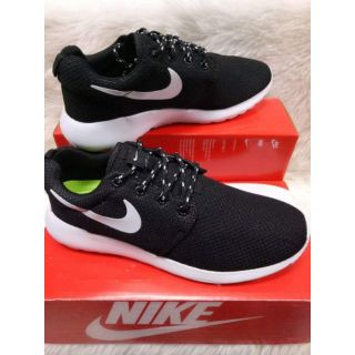 cheap for discount 7d852 51160 NIKE ROSHE RUN FOR HIM AND HER. SIZES 36-45 | Shopee Philippines