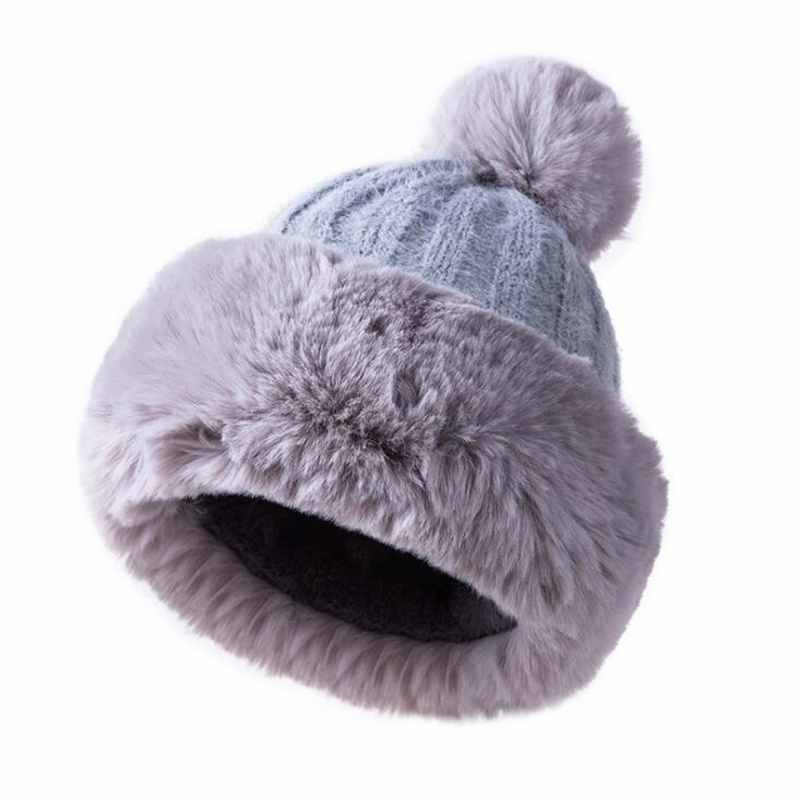 Soft Skiing Cap Mens and Womens Retro Koala Knitted Cap