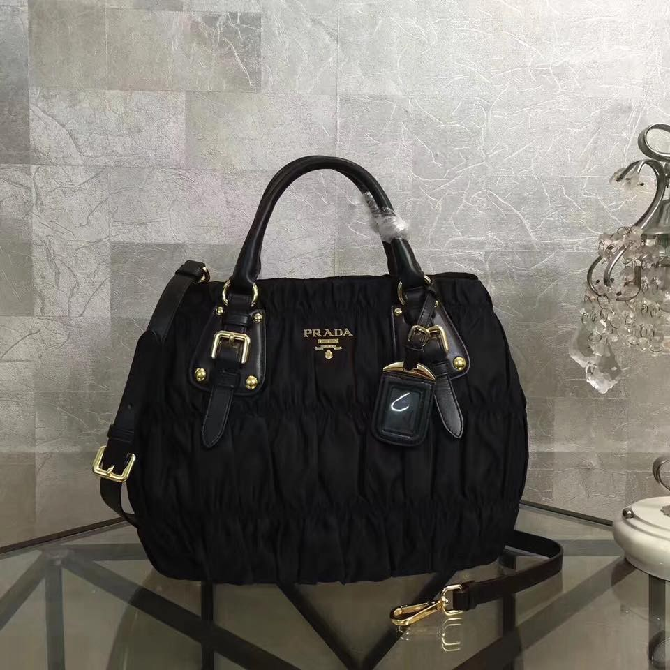 245ca99ff3fdd3 Prada Tessuto Gaufre BN1336 Hand and Shoulder Bag Complete | Shopee  Philippines