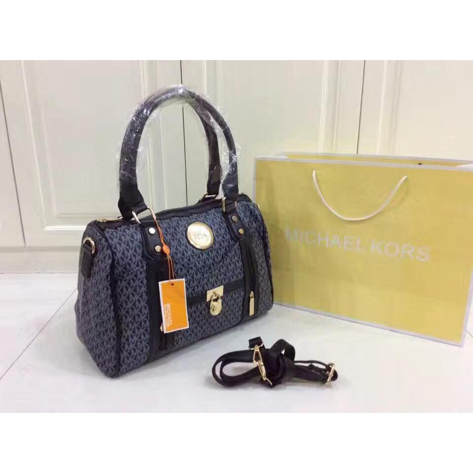 da0764d816b2a6 MICHAEL KORS SMALL BAG/SLING | Shopee Philippines