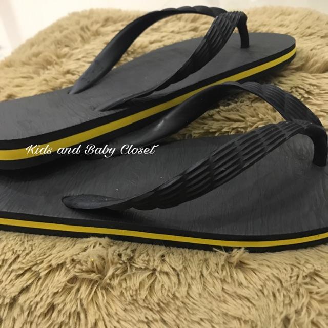 5c87467e4f2b Beachwalk Yellow Rubber Slippers 😍