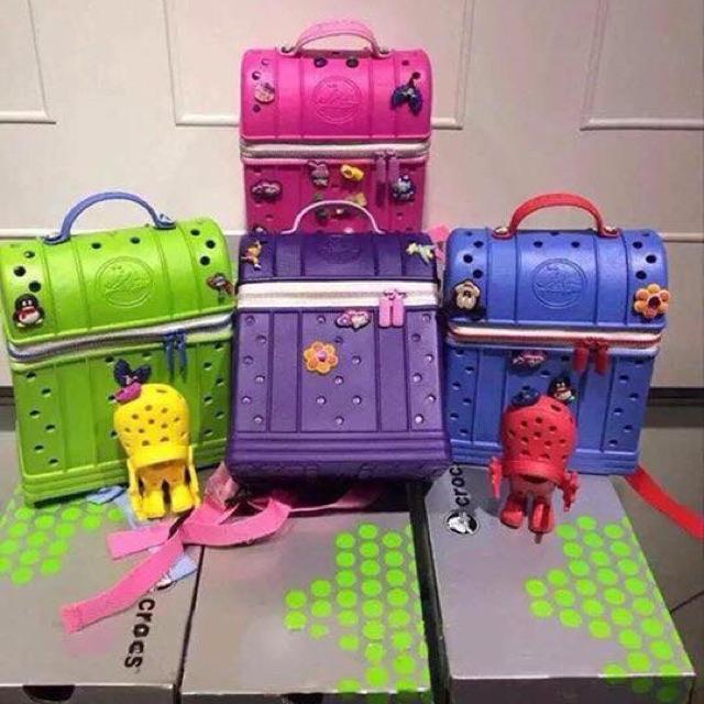 014e1391dd3f6e Crocs backpack