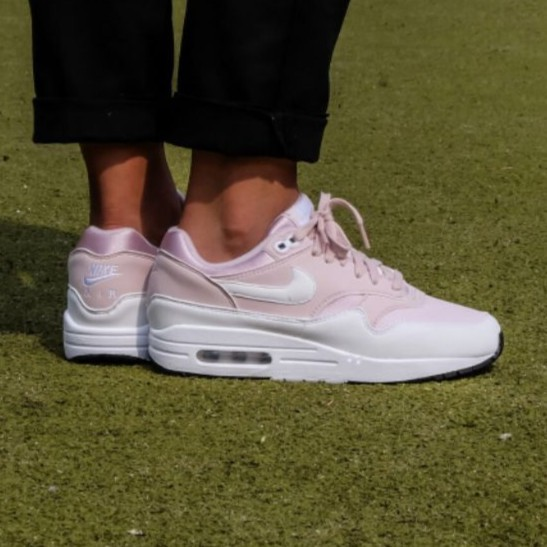 2018 Womens Nike Air Max 1 Barely RoseWhite Black For Sale Online