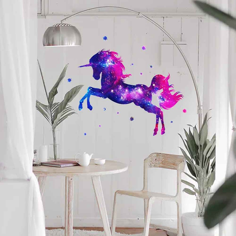 Stars and Unicorn Wall Sticker PVC Wall Art Fancy Decoration for Children/'s Room