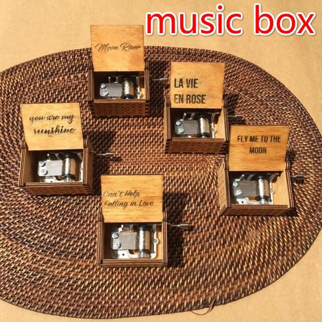 Ready Stock Moon River You Are My Sunshine Wood Manipulator Hand Shaking  Cute Music Box