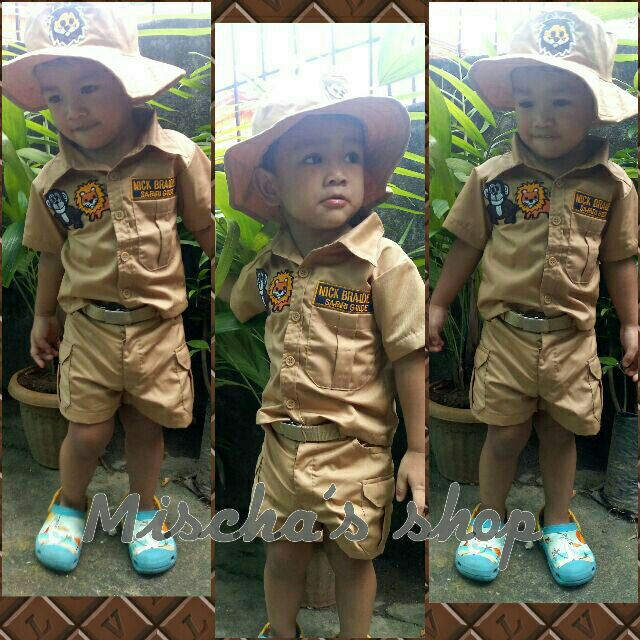 c70ab69f1716b Zookeeper Jungle Safari Costume