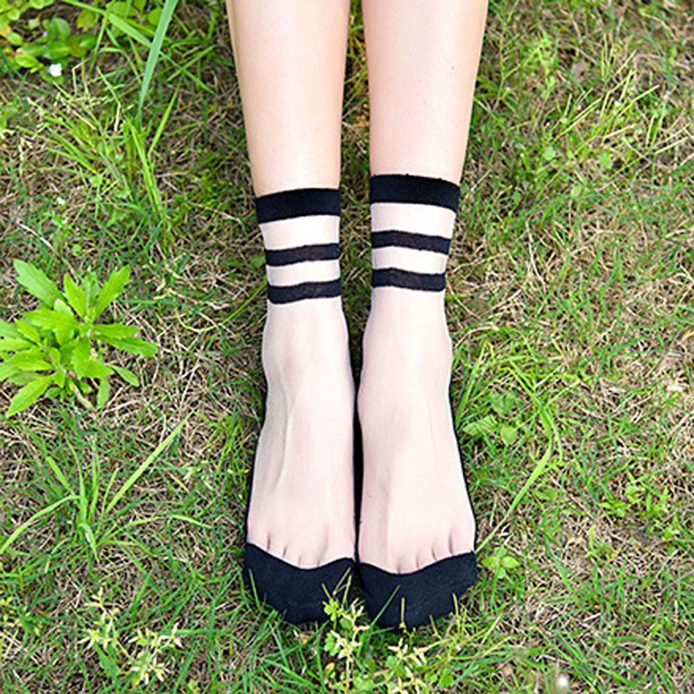 1Pair Women Ultrathin Transparent Elastic Crystal Lace Short Sock Ankle Sock