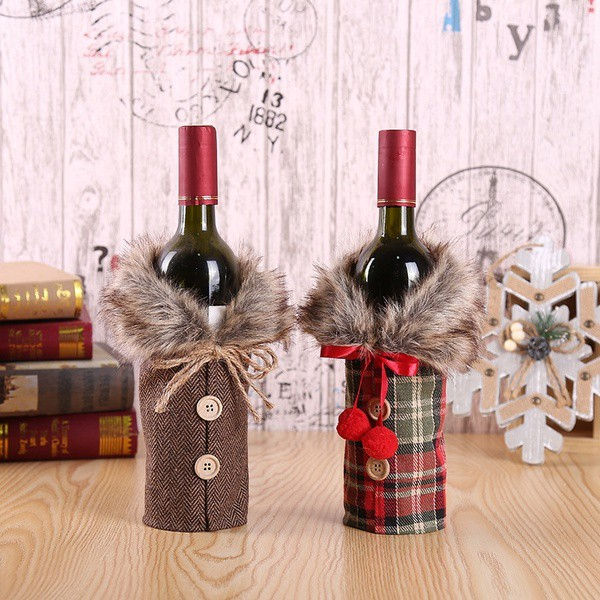Wine Christmas Packaging.Christmas Wine Bottle Packaging Set Table Decoration
