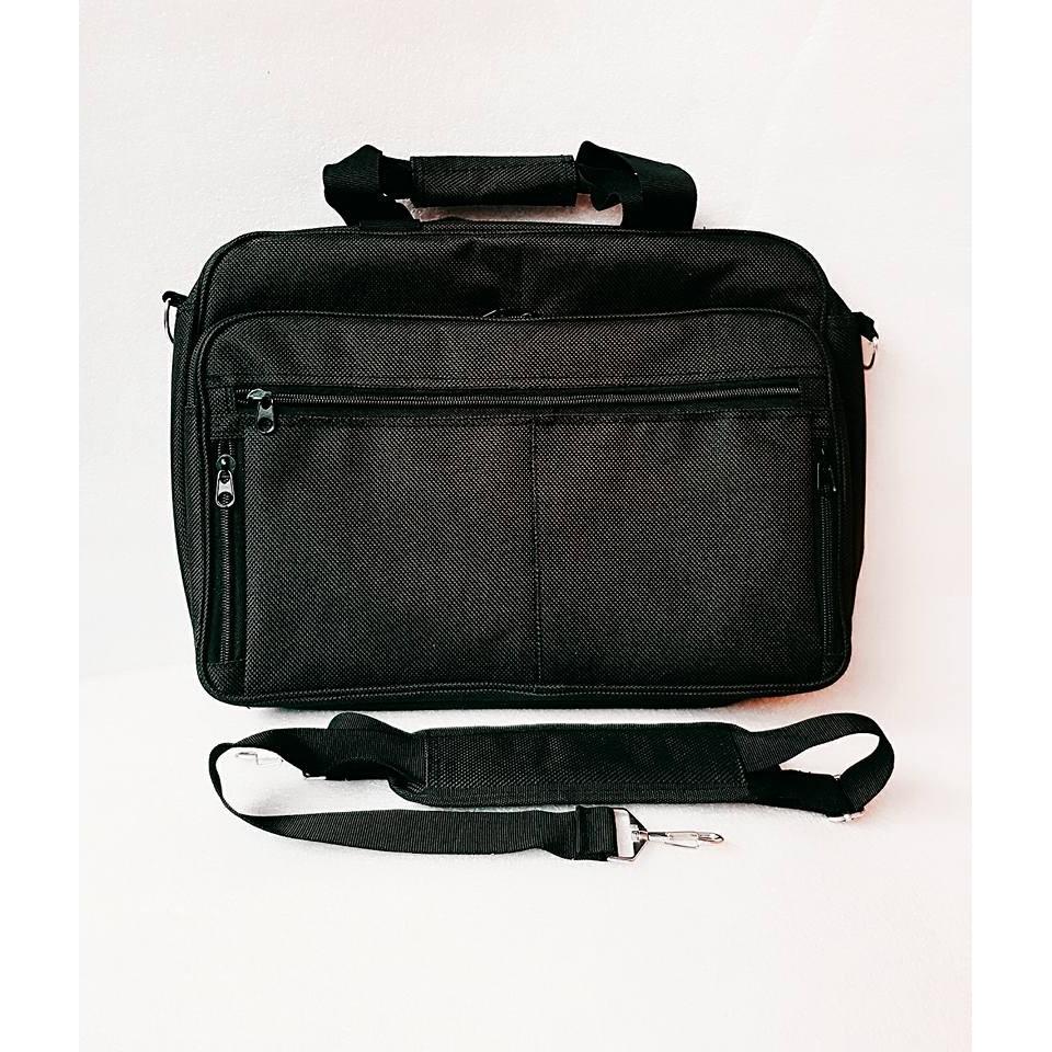 c57cd32e7d08 Adventure Messenger bag black