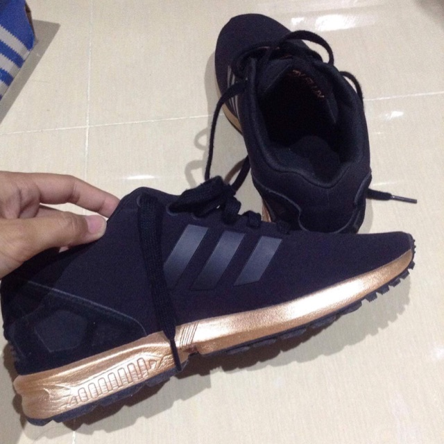 new product f64d0 ba961 ORIGINAL ADIDAS ZX FLUX COPPER GOLD