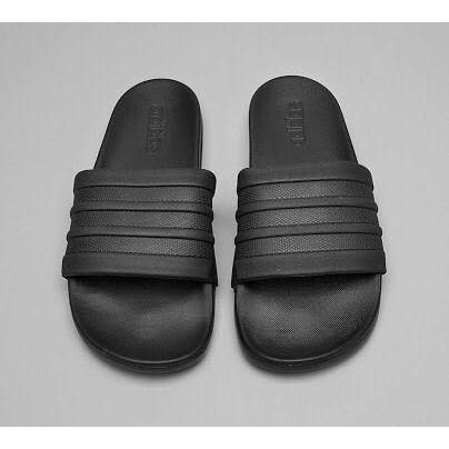 68c065425493 adidas Men Training adilette Cloudfoam Plus Mono Slides