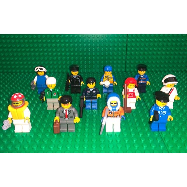 LEGO LOT OF 8 TOWN MINIFIGURES MEN BLUE CONSTRUCTION AND SPACE PILOT FIGURES