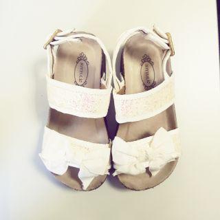 ce3ca3d84 Joyfolie Chic Kids White Sandals size 10 s10 16.5cm kids
