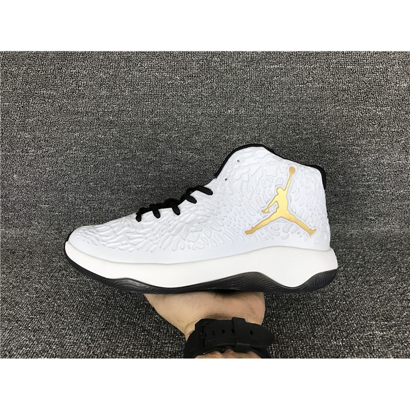 new style 7dac5 da4e2 H4937GY Air Jordan Ultra. Fly Jimmy butler basketball men s shoes all white  40-45 M1450   Shopee Philippines