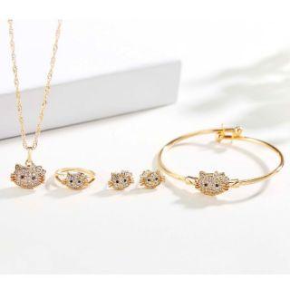 29a478569 [TYAA] 4 in 1 bangkok rose gold hello kitty kids set