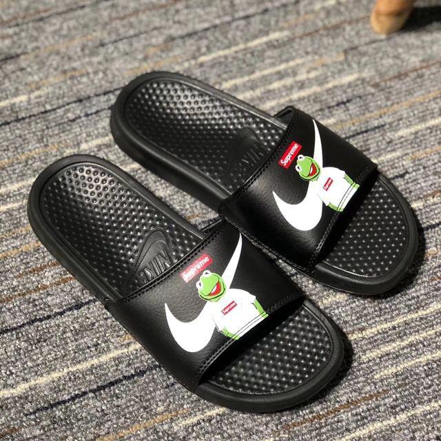 low priced b175e 9f022 mins original Nike Banassi Swoosh slippers Unisex sandalsrunning