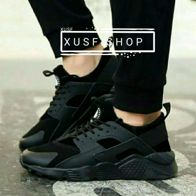 sports shoes 446dc f1985 Nike huarache For Women And Men all black fashion class A