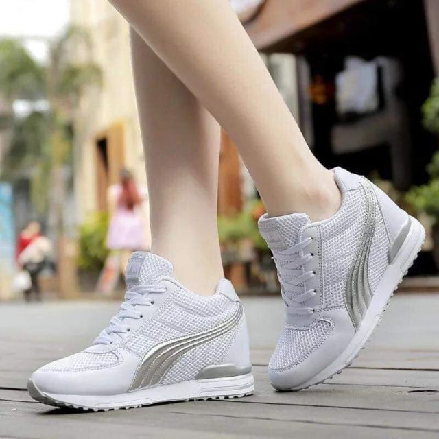 SALE Fashionable Stylish & Classy Casual Korean Low Cut Sneaker Rubber Shoes