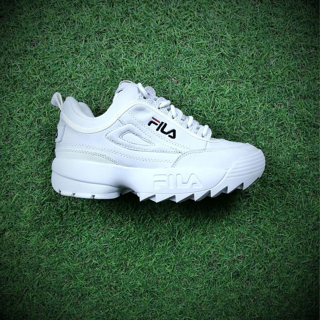 19cca84bcaf2 FILA Disruptor II 2 large sawtooth thickened thick legs leggings jogging  shoes